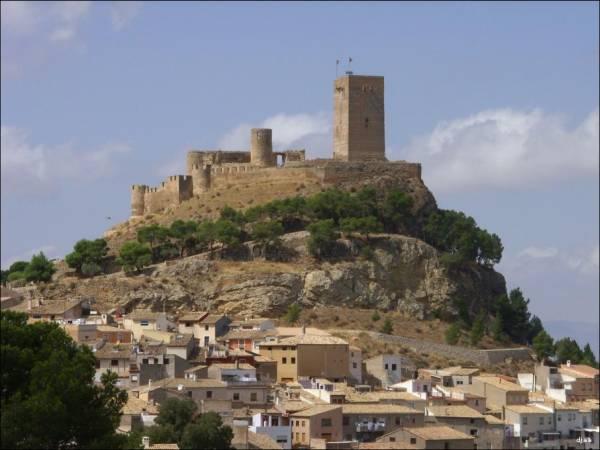 Alicante: La Ruta dei Castelli di Novelda, Petrel, Sax e Villena